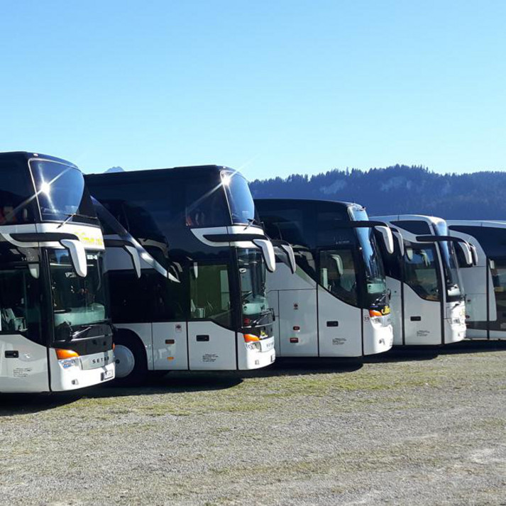 bus werbung bus mieten kfz service. Black Bedroom Furniture Sets. Home Design Ideas